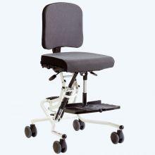 R82 Wombat Living Hi Low Chair